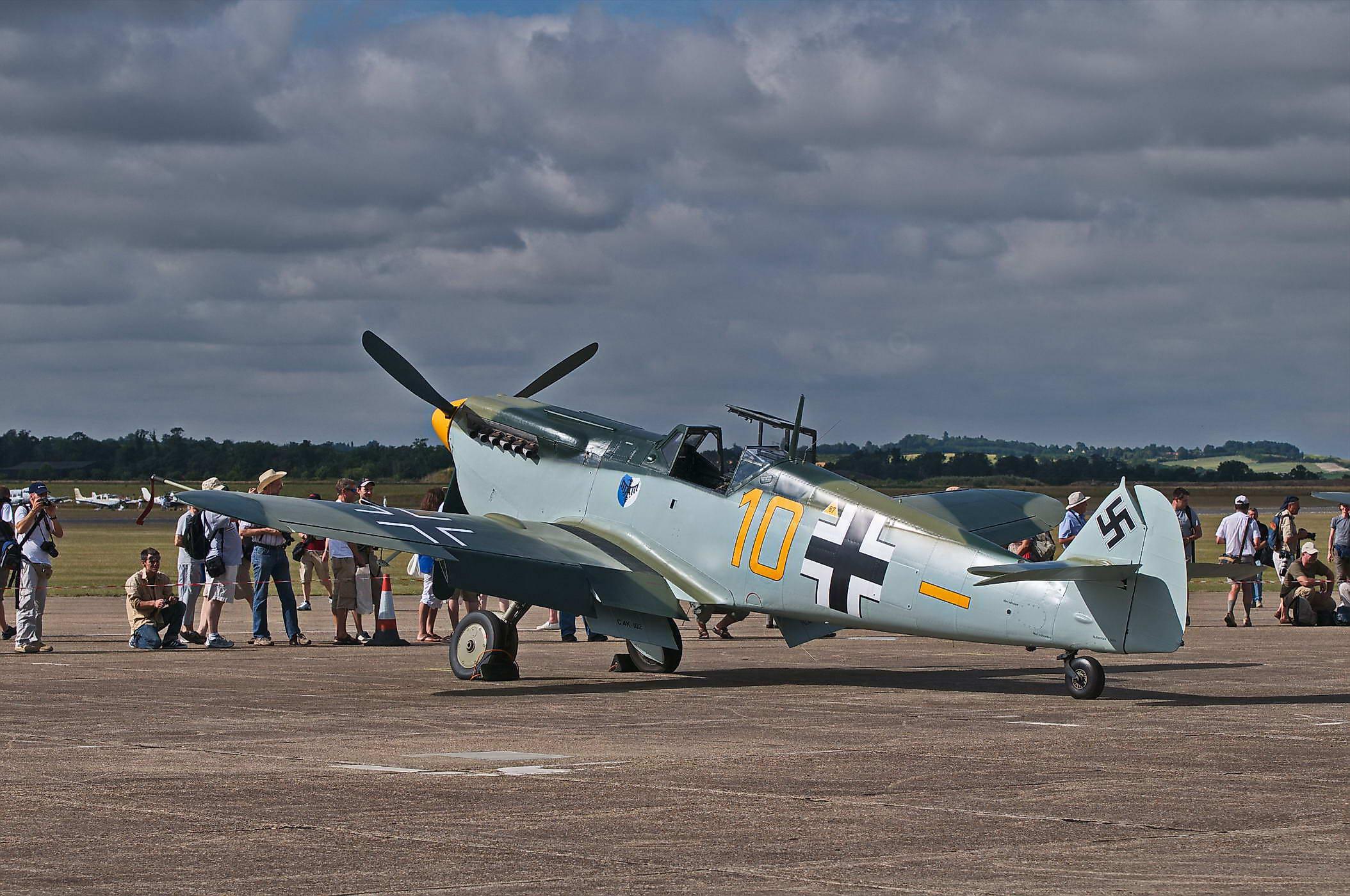 Hispano Buchon HA-1112-MIL C.4K-102 -Yellow